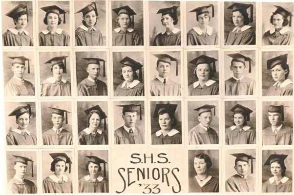 PICTURED IS THE STOCKTON HIGH SCHOOL GRADUTAING CLASS OF 1933.